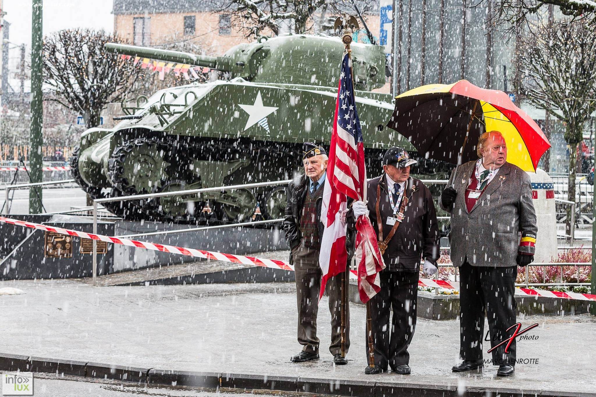 images/stories/PHOTOSREP/Bastogne/70ansMarc1/infoluxBAS065