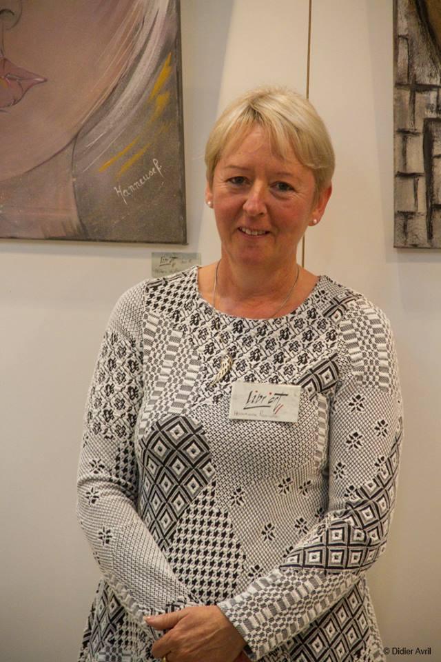 Pascale Hanneuse, artiste peintre acrylique, autodidacte de Transinne