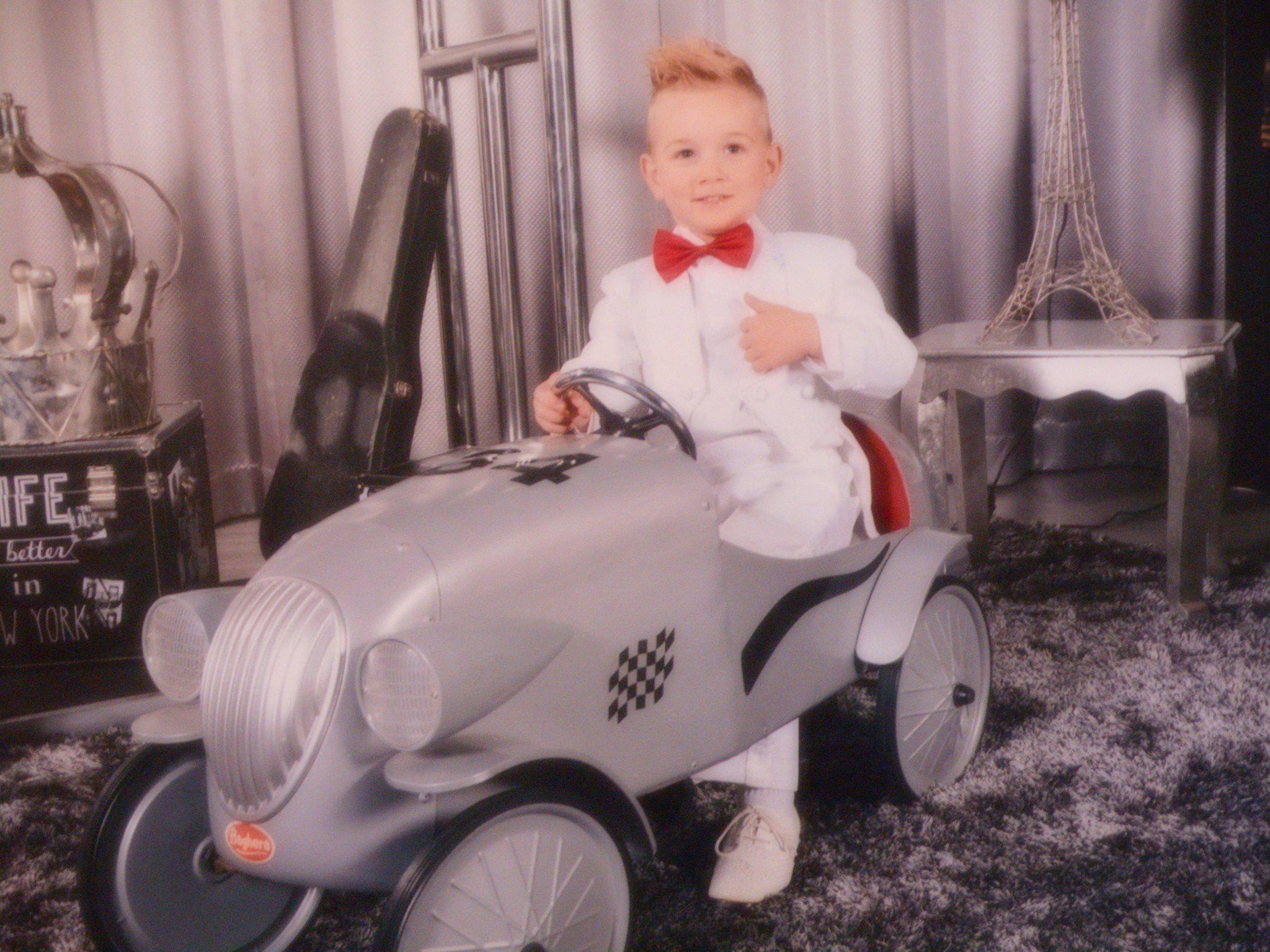 Ethan agé de 3 ans representera la Province de Luxembourg à Top Model Belgium 2017 !!