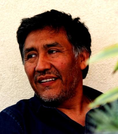Agucho Velasquez : peintre recycleur