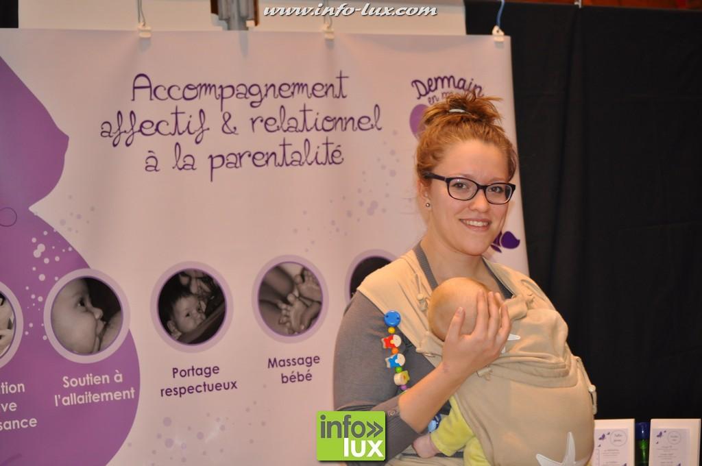Univers bébé est un salon organisé à la Halle des foires de Libramont - photos Reportage