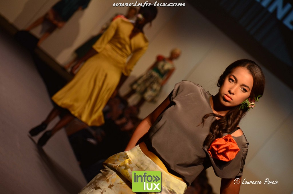 images/stories/PHOTOSREP/2016Octobre/LuxFashion3/Fashion122