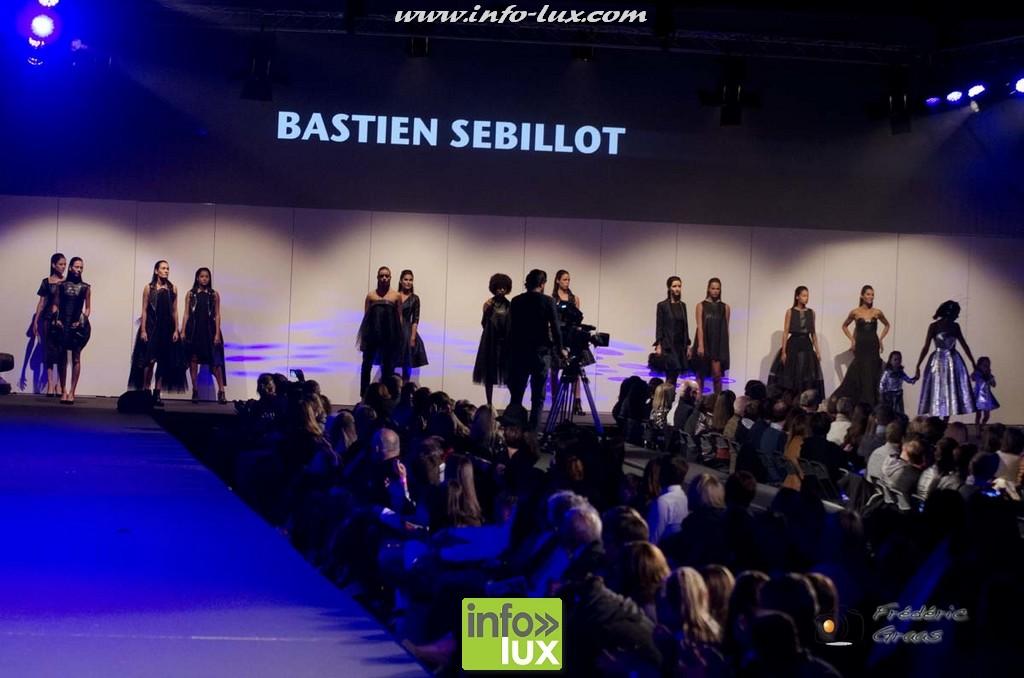 images/stories/PHOTOSREP/2016Octobre/LuxFashion3/Fashion272