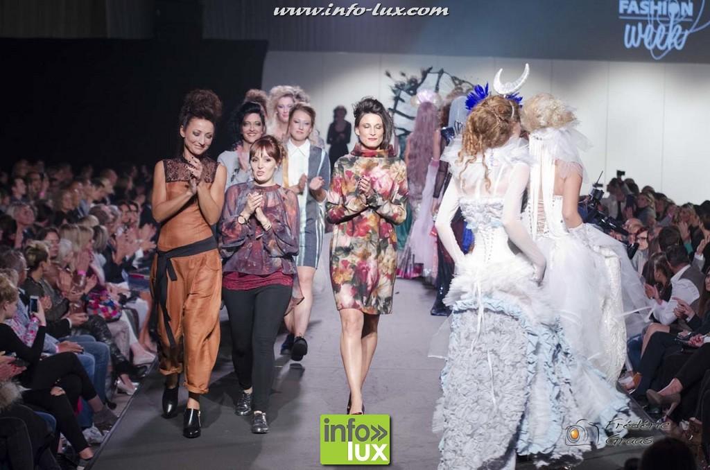 images/stories/PHOTOSREP/2016Octobre/LuxFashion3/Fashion291