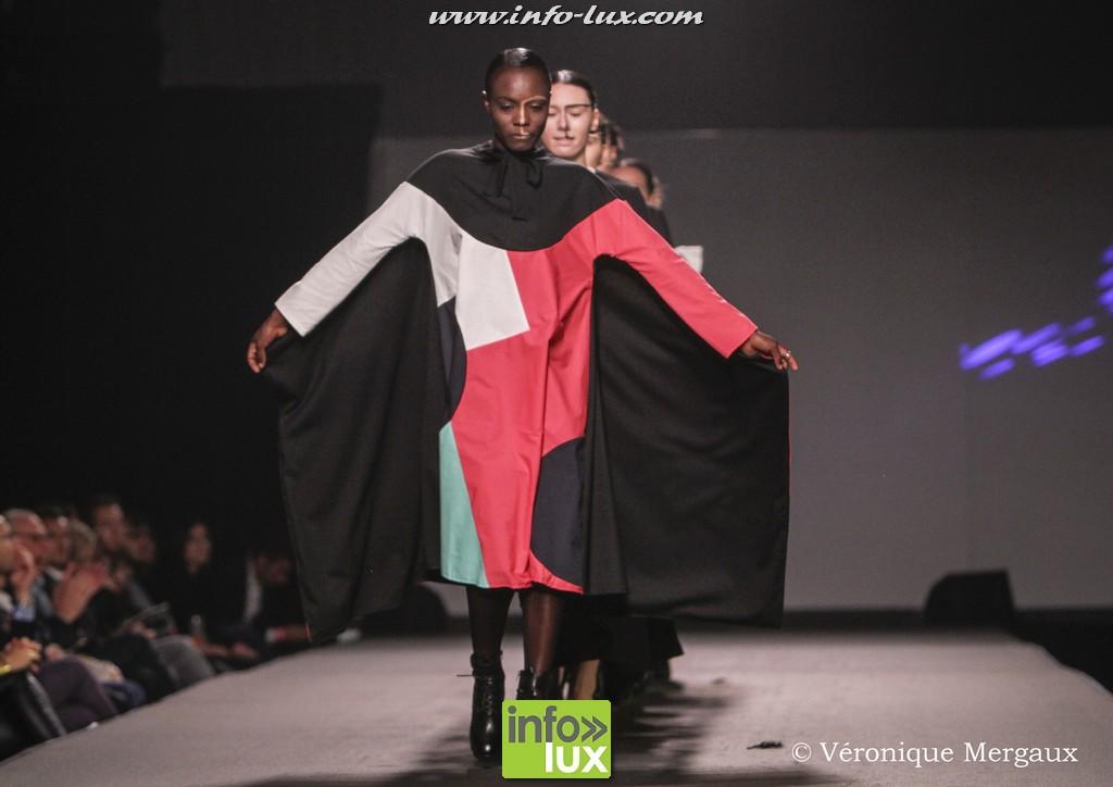 images/stories/PHOTOSREP/2016Octobre/LuxFashion3/Fashion339