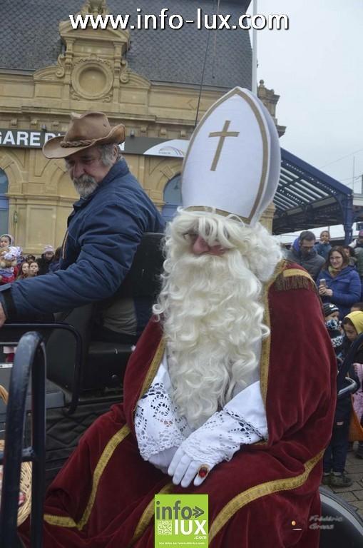 Visite de Saint Nicolas à Arlon