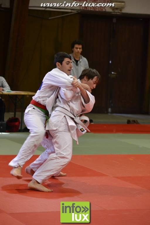 images/stories/PHOTOSREP/2017janvier/judo-arlon/Judo026