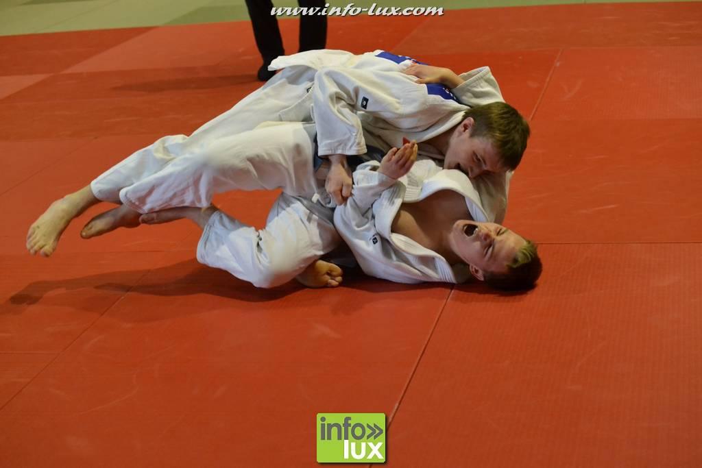 images/stories/PHOTOSREP/2017janvier/judo-arlon/Judo147