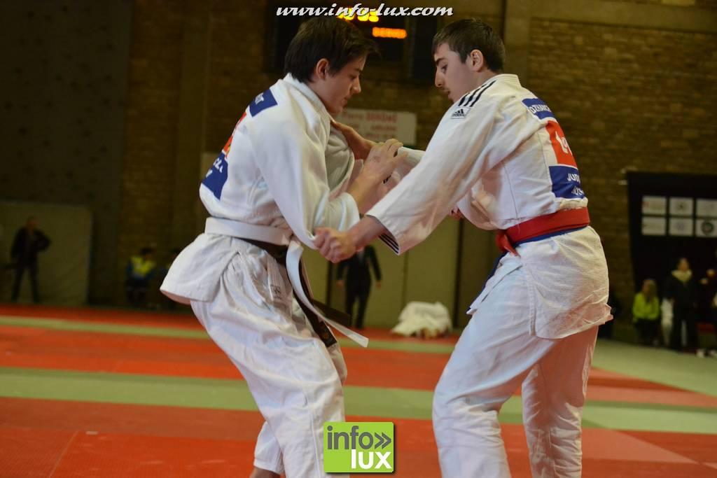images/stories/PHOTOSREP/2017janvier/judo-arlon/Judo155