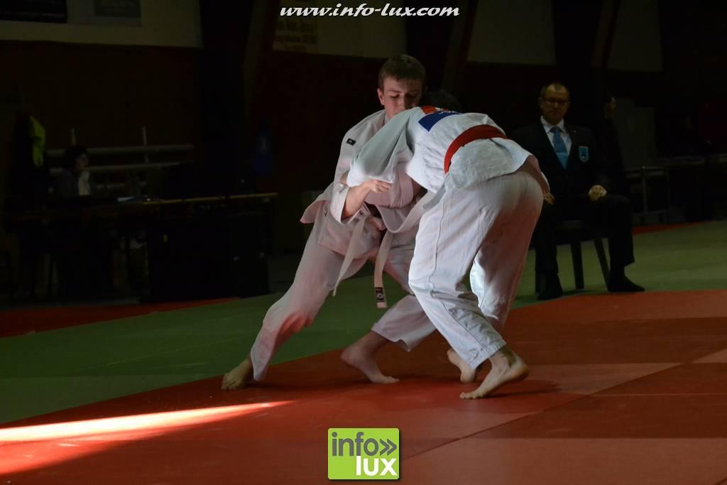 images/stories/PHOTOSREP/2017janvier/judo-arlon/Judo217