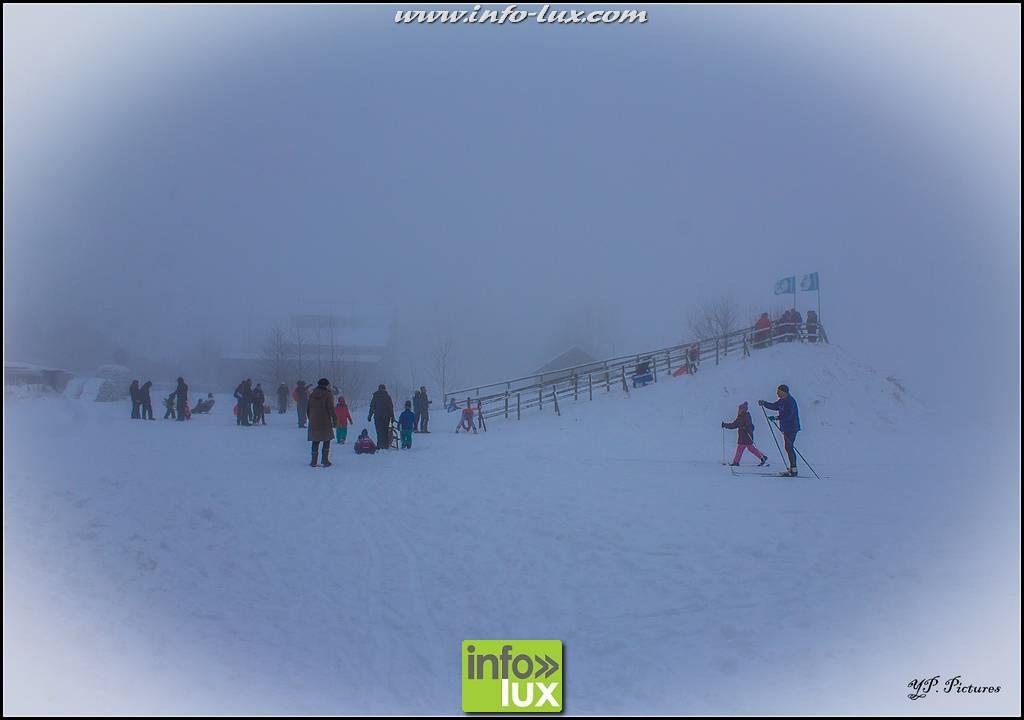 Pistes de ski de Samrée sous  la neige
