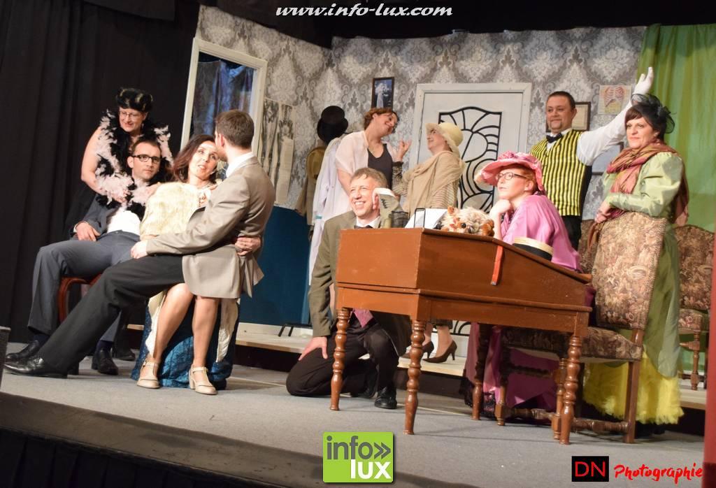 Photos Reportage sur Théâtre : Tailleur pour dames àTINTIGNY
