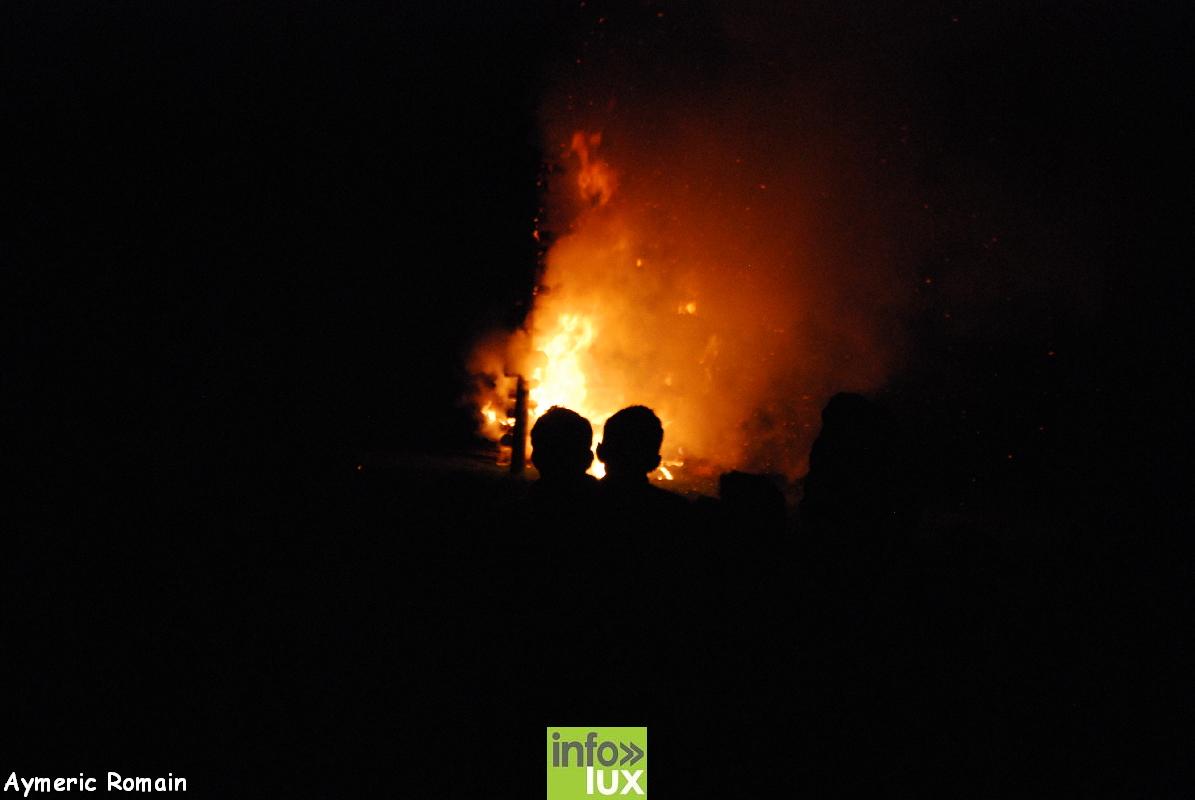 Carnaval et grand feu de straimont,