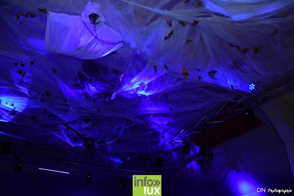 //media/jw_sigpro/users/0000002463/Halloween dancing club a meix dvt/image00004