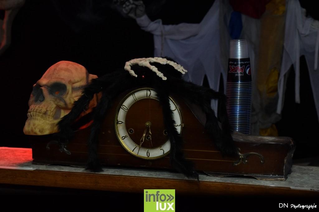 //media/jw_sigpro/users/0000002463/Halloween dancing club a meix dvt/image00005