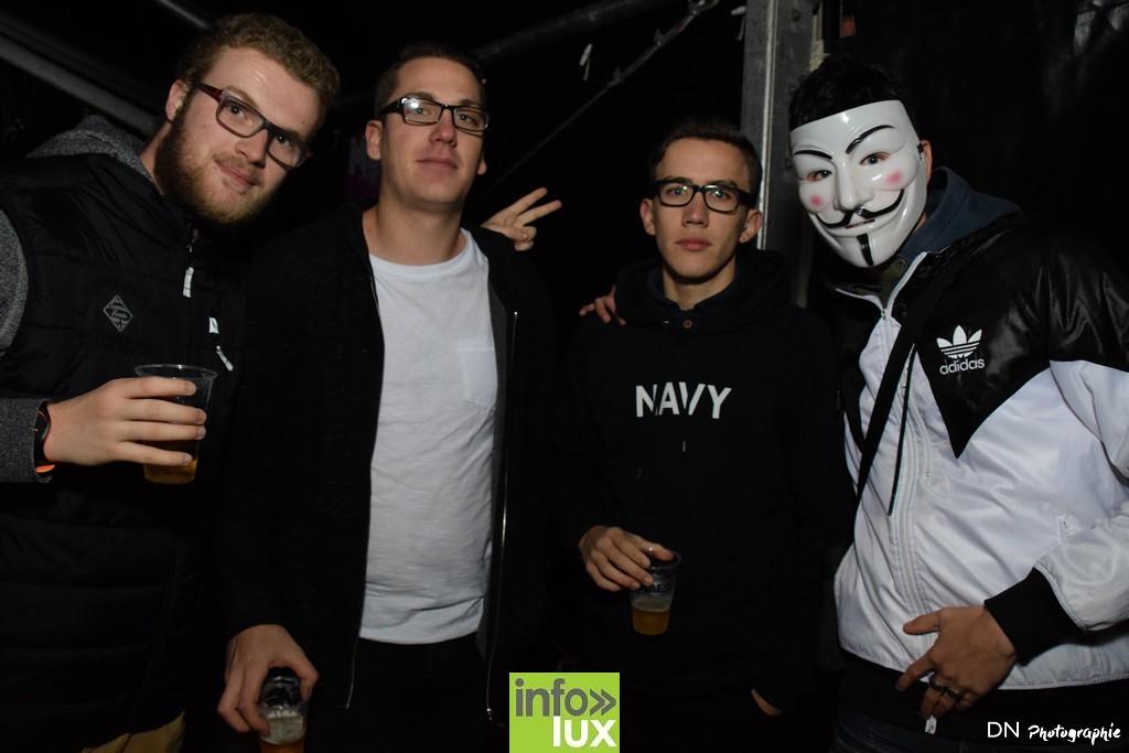 //media/jw_sigpro/users/0000002463/Halloween dancing club a meix dvt/image00012