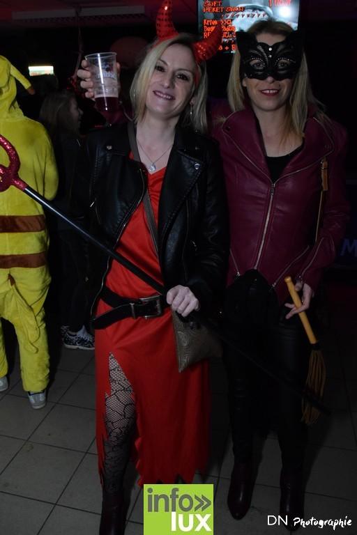 //media/jw_sigpro/users/0000002463/Halloween dancing club a meix dvt/image00017