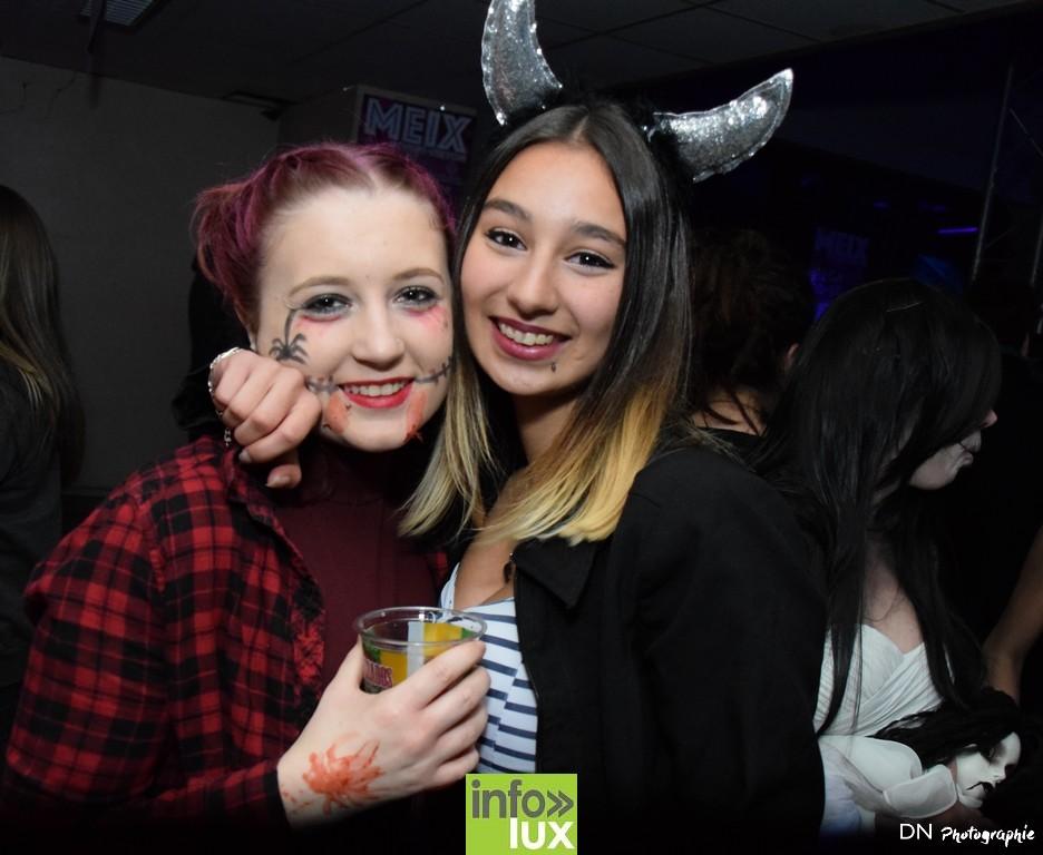 //media/jw_sigpro/users/0000002463/Halloween dancing club a meix dvt/image00021