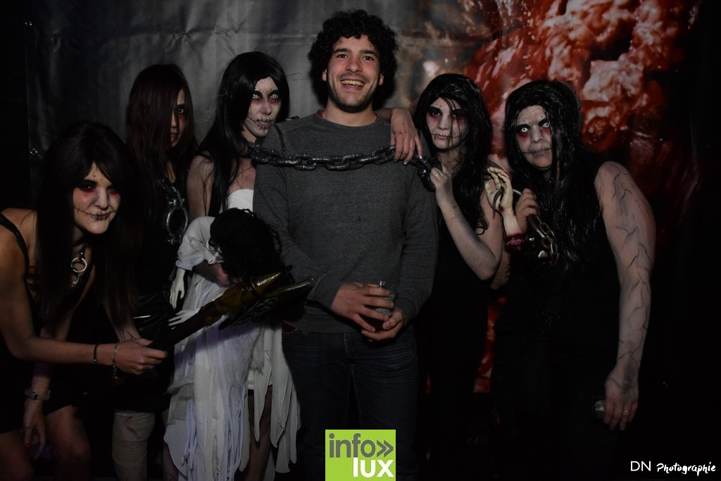 //media/jw_sigpro/users/0000002463/Halloween dancing club a meix dvt/image00044