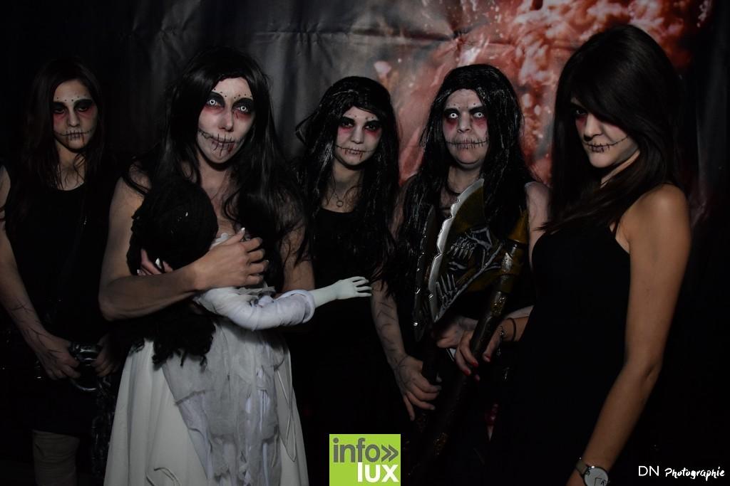 //media/jw_sigpro/users/0000002463/Halloween dancing club a meix dvt/image00048