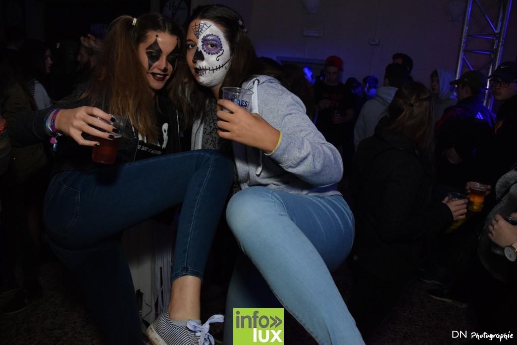 //media/jw_sigpro/users/0000002463/Halloween dancing club a meix dvt/image00063