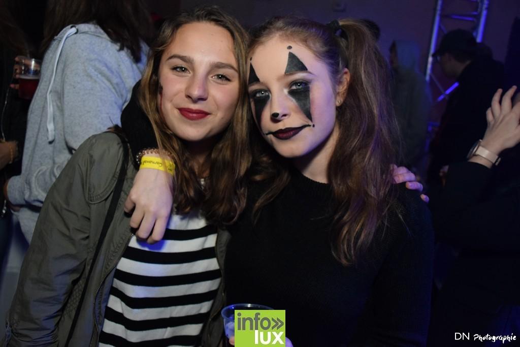 //media/jw_sigpro/users/0000002463/Halloween dancing club a meix dvt/image00064