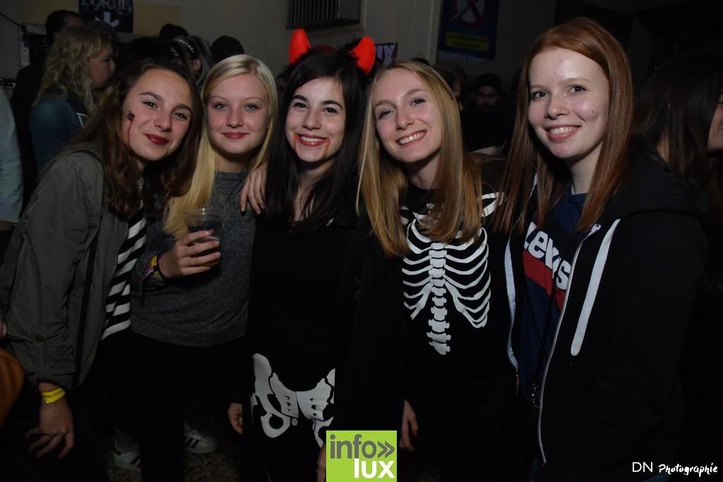 //media/jw_sigpro/users/0000002463/Halloween dancing club a meix dvt/image00073