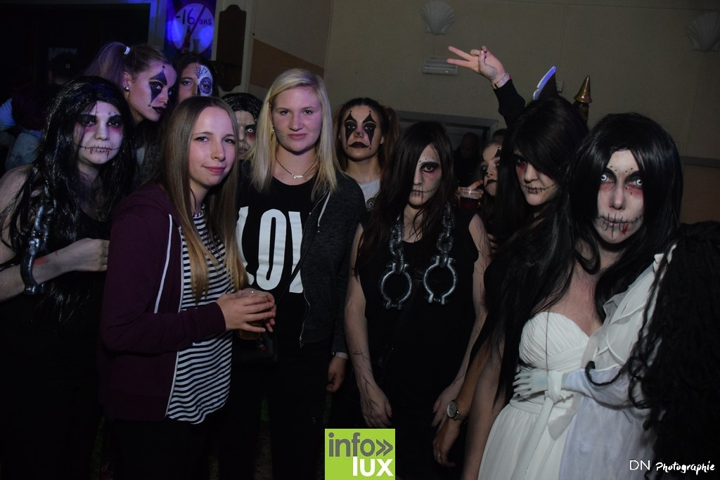 //media/jw_sigpro/users/0000002463/Halloween dancing club a meix dvt/image00075
