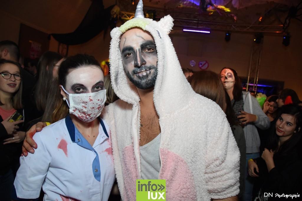 //media/jw_sigpro/users/0000002463/Halloween dancing club a meix dvt/image00078