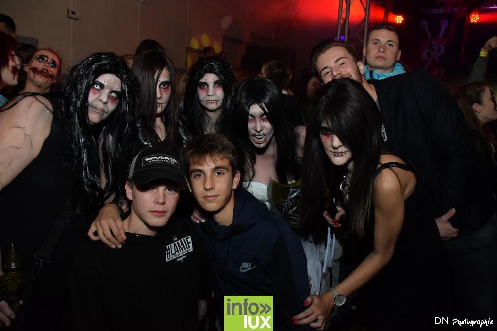//media/jw_sigpro/users/0000002463/Halloween dancing club a meix dvt/image00082
