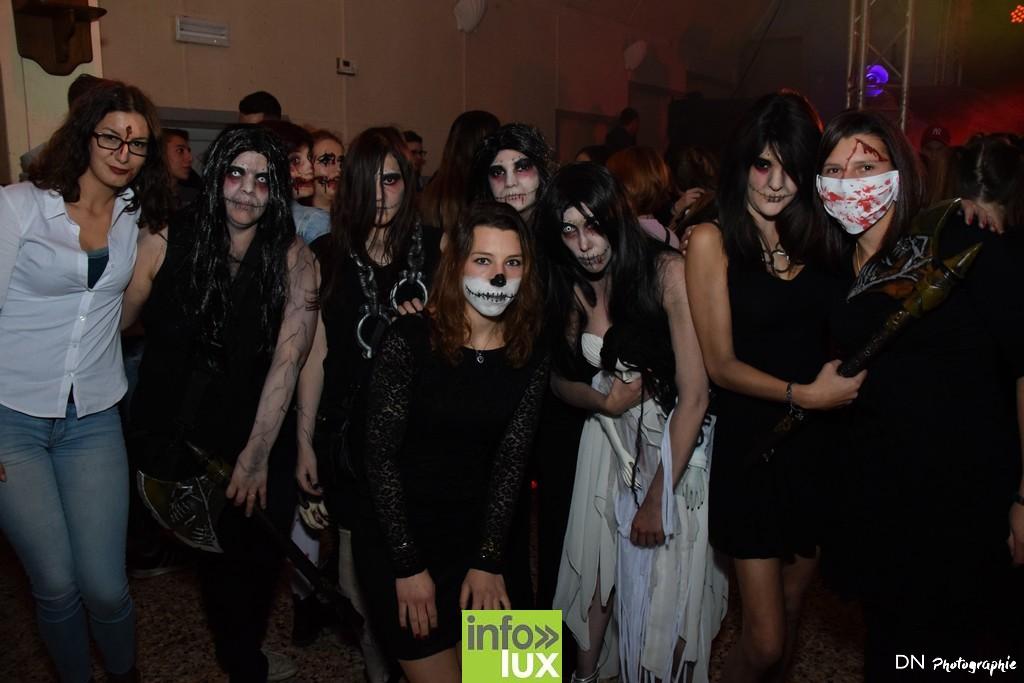 //media/jw_sigpro/users/0000002463/Halloween dancing club a meix dvt/image00083