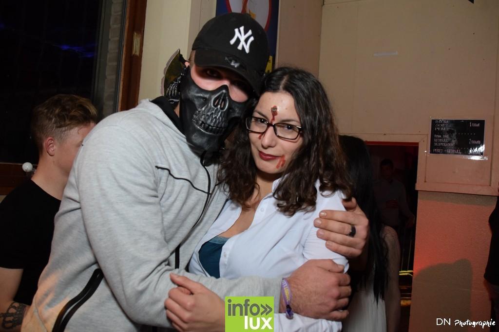 //media/jw_sigpro/users/0000002463/Halloween dancing club a meix dvt/image00086