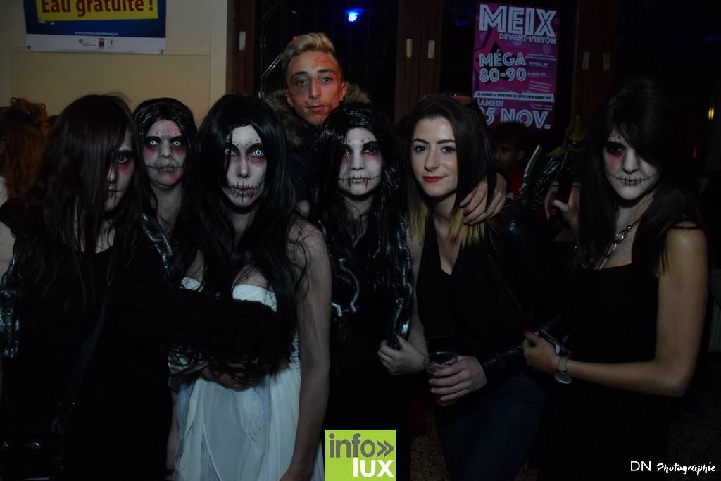//media/jw_sigpro/users/0000002463/Halloween dancing club a meix dvt/image00090
