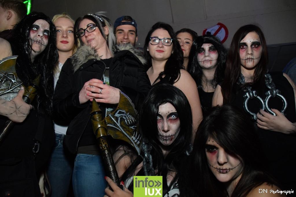 //media/jw_sigpro/users/0000002463/Halloween dancing club a meix dvt/image00102