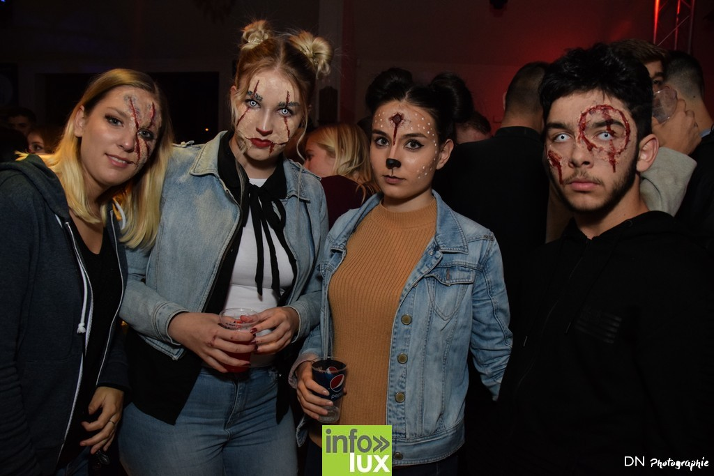 //media/jw_sigpro/users/0000002463/Halloween dancing club a meix dvt/image00105