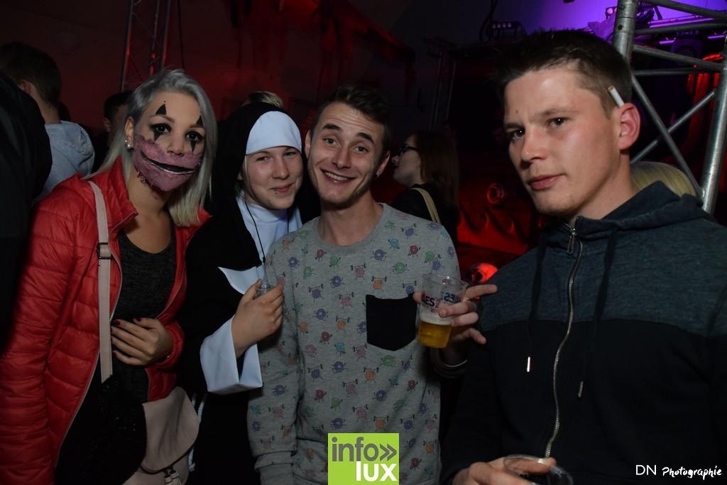 //media/jw_sigpro/users/0000002463/Halloween dancing club a meix dvt/image00108