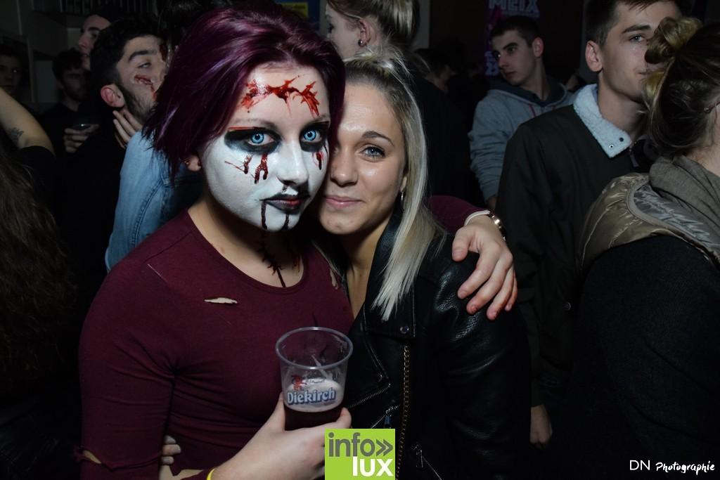 //media/jw_sigpro/users/0000002463/Halloween dancing club a meix dvt/image00126