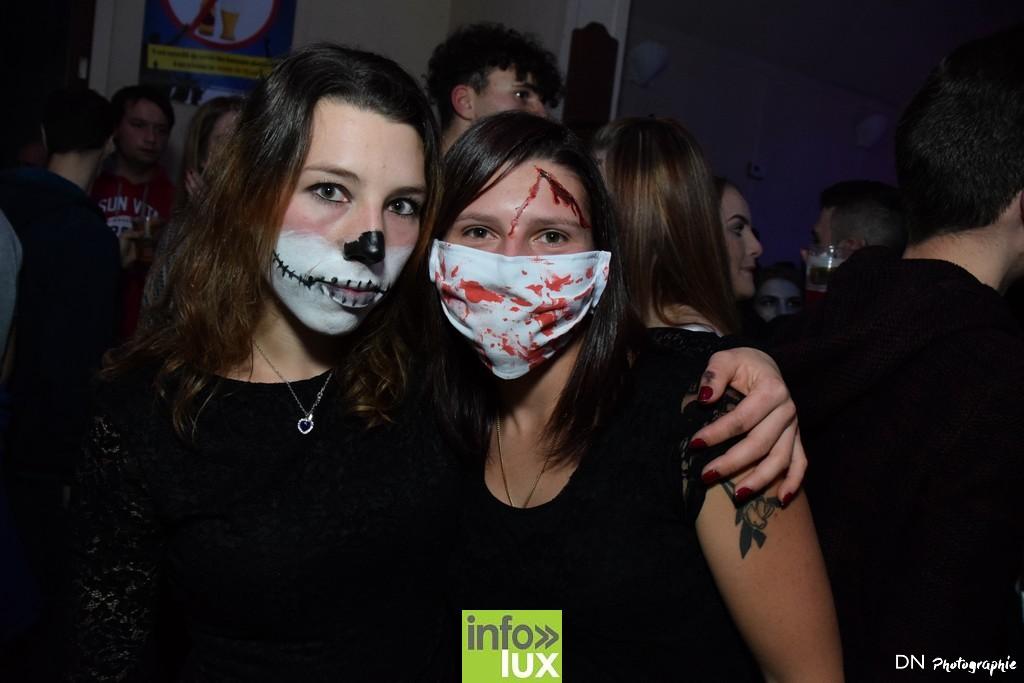 //media/jw_sigpro/users/0000002463/Halloween dancing club a meix dvt/image00132