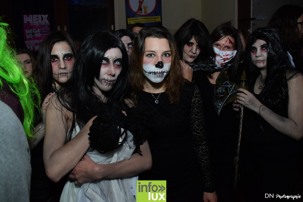 //media/jw_sigpro/users/0000002463/Halloween dancing club a meix dvt/image00133