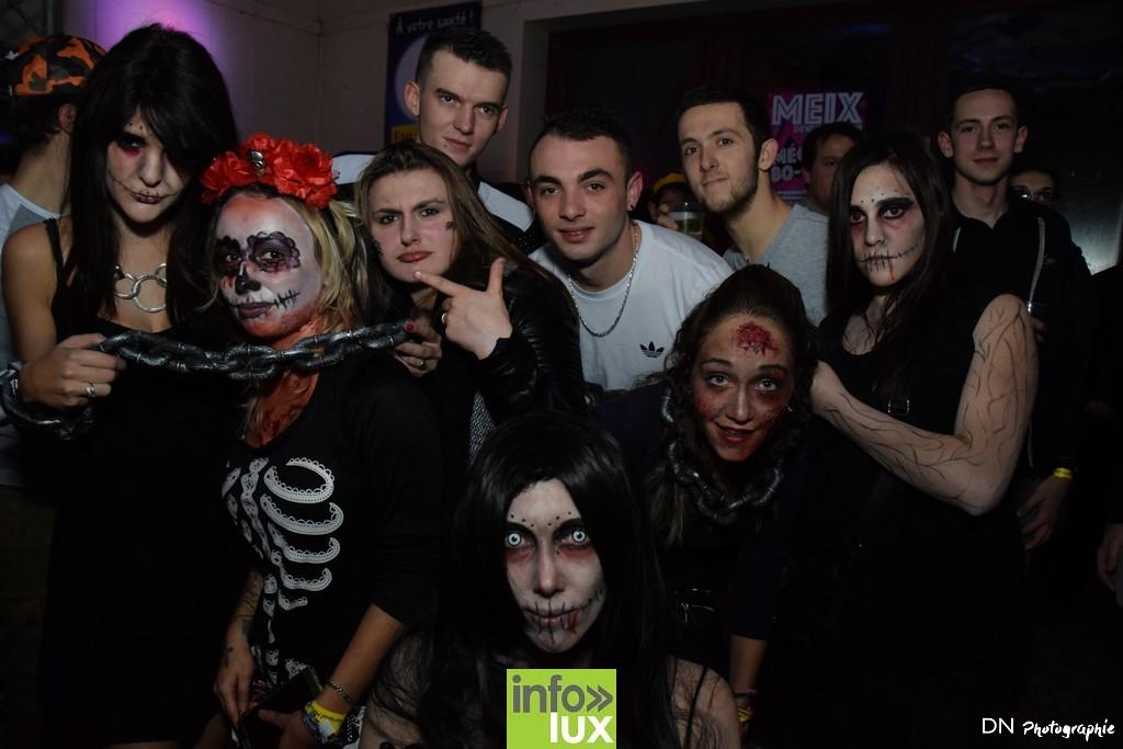 //media/jw_sigpro/users/0000002463/Halloween dancing club a meix dvt/image00139