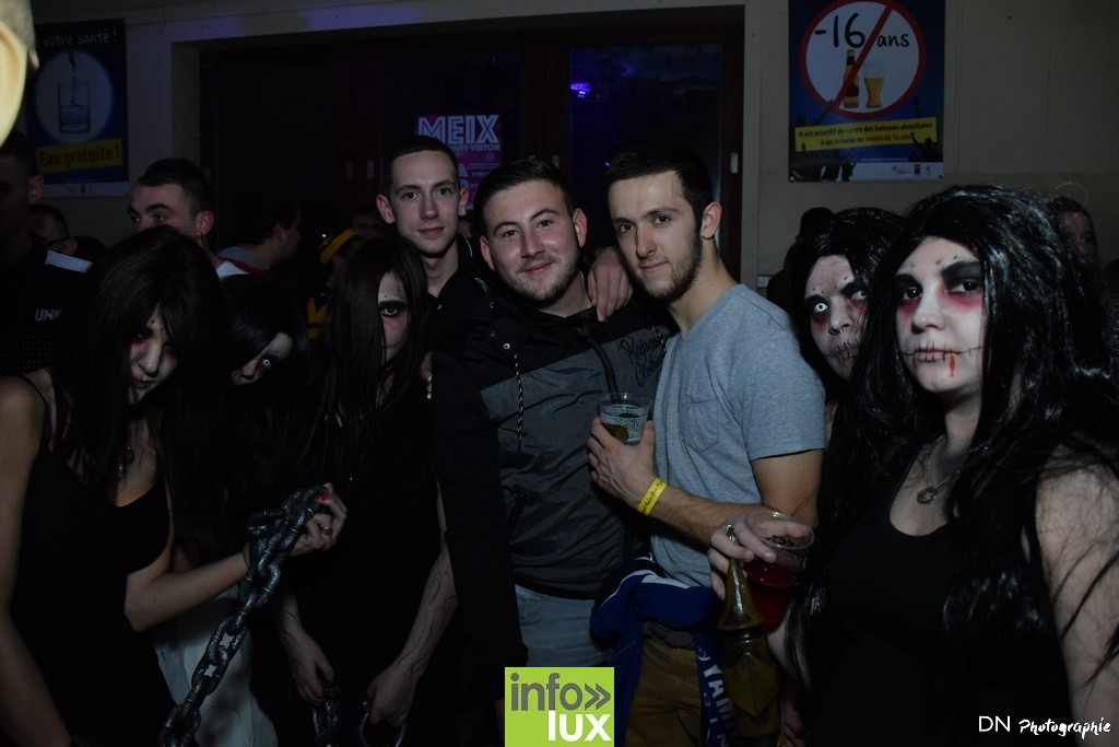 //media/jw_sigpro/users/0000002463/Halloween dancing club a meix dvt/image00142