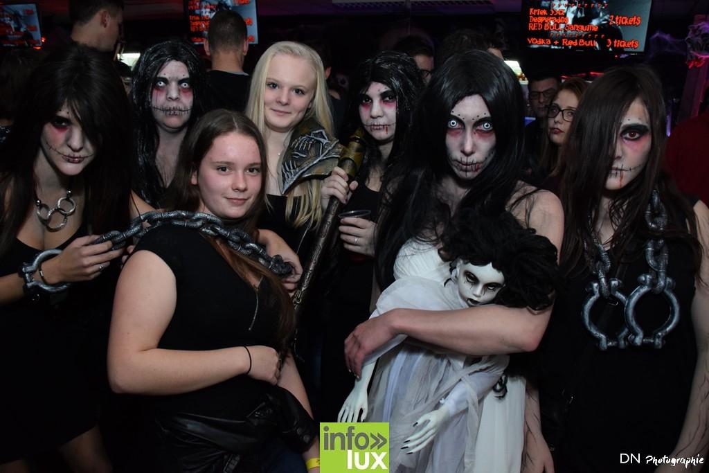 //media/jw_sigpro/users/0000002463/Halloween dancing club a meix dvt/image00147