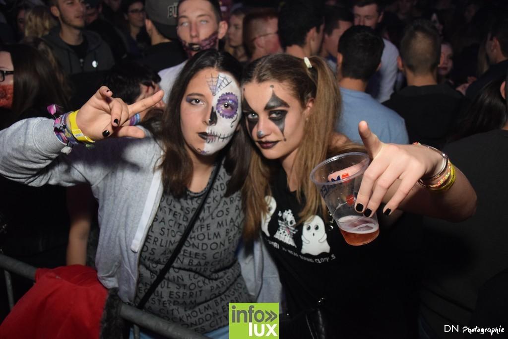 //media/jw_sigpro/users/0000002463/Halloween dancing club a meix dvt/image00155