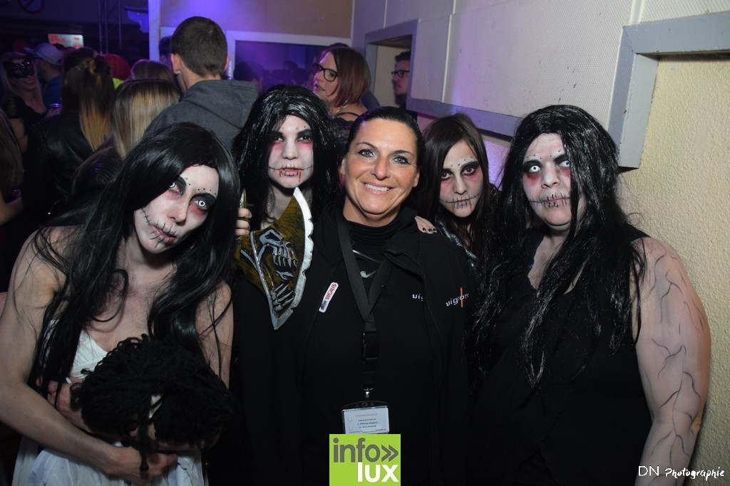 //media/jw_sigpro/users/0000002463/Halloween dancing club a meix dvt/image00157