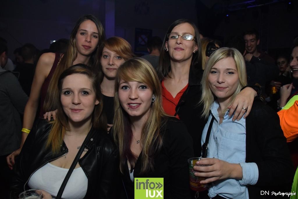 //media/jw_sigpro/users/0000002463/Halloween dancing club a meix dvt/image00159