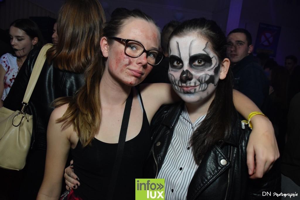 //media/jw_sigpro/users/0000002463/Halloween dancing club a meix dvt/image00161
