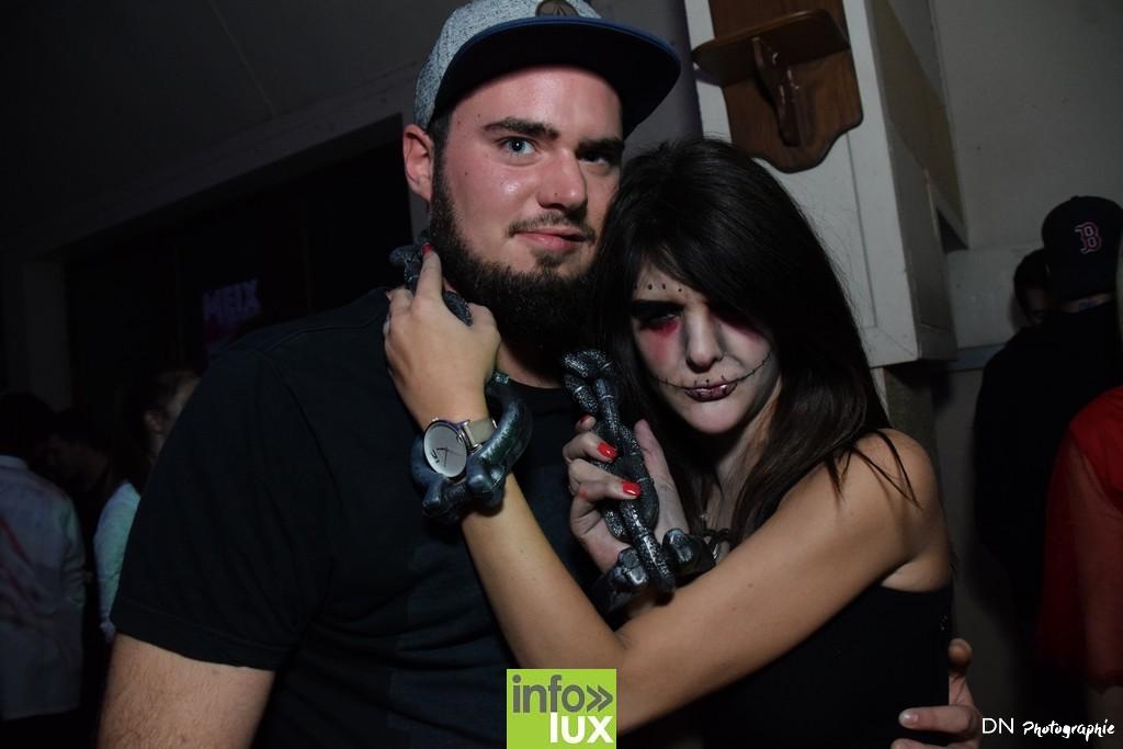 //media/jw_sigpro/users/0000002463/Halloween dancing club a meix dvt/image00172