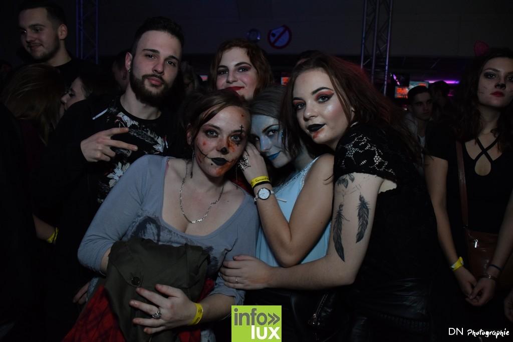 //media/jw_sigpro/users/0000002463/Halloween dancing club a meix dvt/image00174