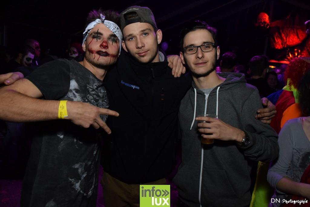 //media/jw_sigpro/users/0000002463/Halloween dancing club a meix dvt/image00186