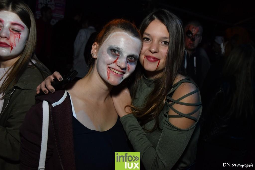 //media/jw_sigpro/users/0000002463/Halloween dancing club a meix dvt/image00189